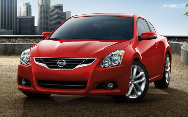 Available Models. Following Are The Two Available Trim Levels Of Nissan  Altima Coupe;