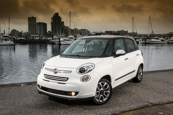 2014 Fiat 500L Wins IIHS Top Safety Pick