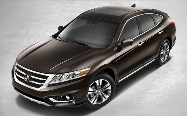 2014 Honda Crosstour Packs High Standards of Efficiency, Performance, Comfort and Premium Features